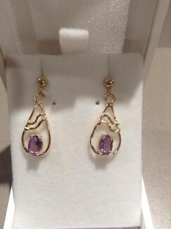 Brand new. 9ct yellow gold and amethyst earrings. Eaton Dardanup Area Preview