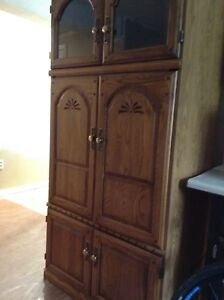 Large Cabinet In Excellent Condition