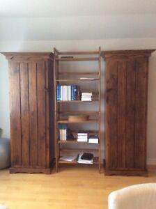 Étagère et deux armoires en bois (pin blanc)