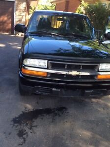 2003. S10. Great. Condition. Low. Km.