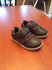 Shoes size 6 (toddler)