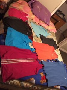 Tons of clothes - No reasonable offer refused!