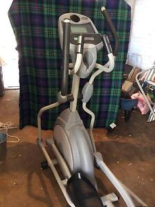 Elliptical trainer XE125 Red Hill South Canberra Preview