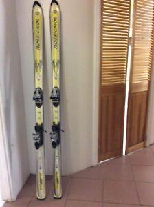 Ski rossignol 1,74 M