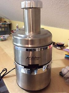All stainless steel juicer