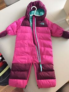 Habit de neige The North Face 3-6m (fait grand)