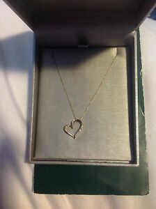 People's Gold Heart Shaped Diamond Necklace