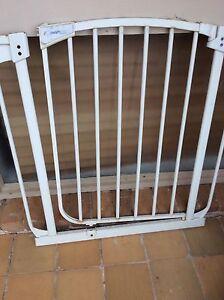 Baby or pet gate Seaford Frankston Area Preview