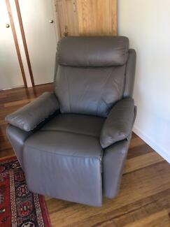 Rio Lift chair - electric - grey leather as new Macarthur Tuggeranong Preview