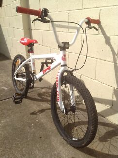 "SE Racing ""Ripper"" BMX bike"