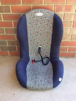 CHILD BOOSTER CAR SEAT - SAFE 'N' SOUND