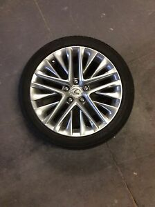 Lexus ES rims and tires