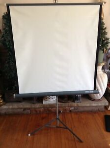 "Folding Da-lite Wall And Ceiling Projection Screen - 39"" X 39"""
