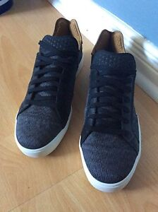 Pharrell Williams adidas Originals Shoes Brand New . 9