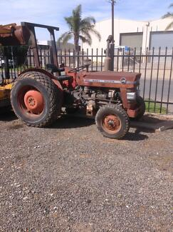Massey Ferguson Tractor 135 with Sweeper Attachment Wingfield Port Adelaide Area Preview