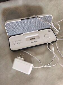 iPhone iPod dock speaker