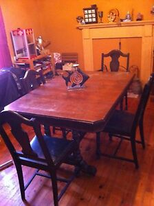 Antique wood table and chairs: early 1900's
