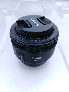 New Zoom lens canon 50mm 1.8 stm + camera bag
