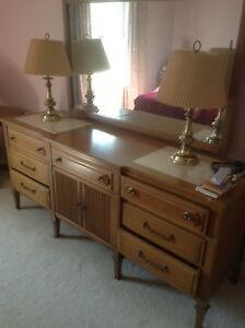 Vintage Bedroom Furniture 5 pcOPEN TO OFFERS, MOVING TOmorrow!
