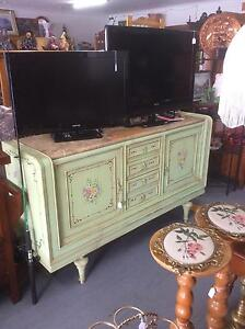 SECONDHAND FURNITURE AT UNCLE SAMS SECONDHAND Derwent Park Glenorchy Area Preview