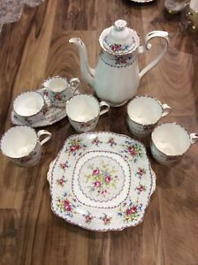 Royal Albert Petit Point