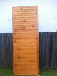 Wardrobe doors Forresters Beach Gosford Area Preview