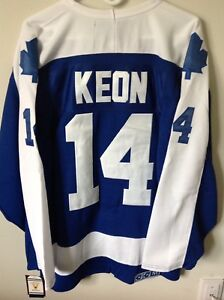 Toronto Maple Leafs 70's jersey - Captain Dave Keon