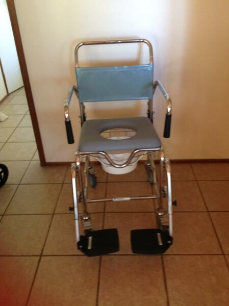 Commode / shower chair | Miscellaneous Goods | Gumtree Australia ...