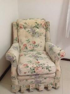 Lounge suite, 2 seater sofa and 2 chairs Noranda Bayswater Area Preview