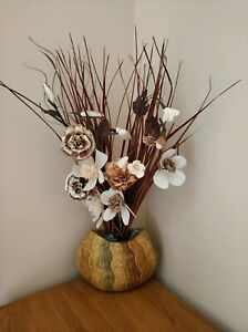 Excellent condition flower with vase
