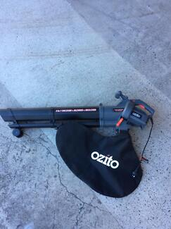 Ozito 2400w 3 in 1 electric garden blower & vacuum mulcher