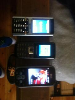 Phones & chargers for sale Woodville Park Charles Sturt Area Preview