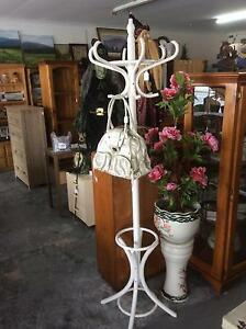 AN ASSORTMENT OF SECONDHAND FURNITURE FOR SALE Derwent Park Glenorchy Area Preview