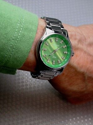ARMITRON WATER-RESISTANT STAINLESS STEEL BRACELET WATCH/GREEN MOP FACE