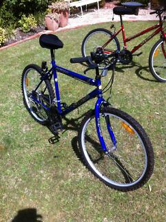 """Male and Female bicycles 26"""" Flagstaff Hill Morphett Vale Area Preview"""
