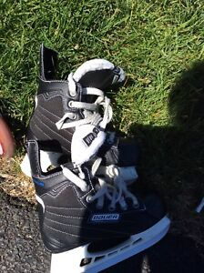 Youth hockey skates size 13