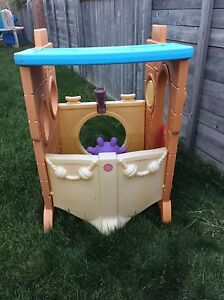 Little Tikes pirate Ship playhouse