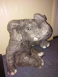 Concrete 36 cm high Solid Elephant.