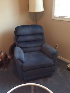 "Lazy Boy Recliner/Rocking Chair (Blue) ""Excellent Condition"""