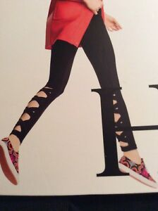 Hue Criss Cross Cotton   XL  Leggings. - New in package