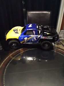 Wanted Traxxas rc cars and trucks broken/unused