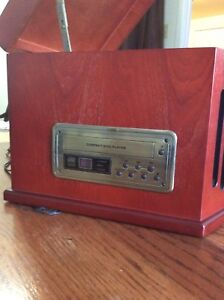 Table top,stereo am/fm radio, cassette/CD player, turntable,