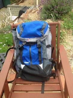 Berghaus Backpack Freeflow 35+8 Bergen Excellent Condition