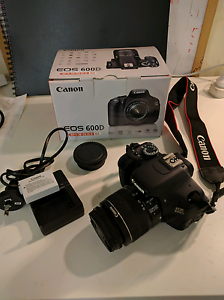 Canon 600D DSLR camera with 18-50mm lens St Albans Park Geelong City Preview