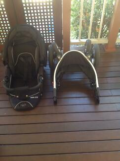 Valco baby Rebel Q Ex with Toddler seat Bardon Brisbane North West Preview