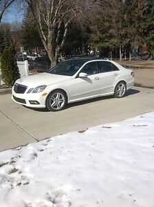 2011 Mercedes Benz E550 4Matic Sedan
