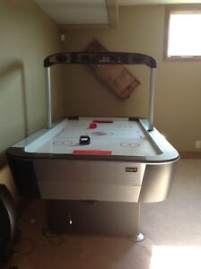 Sportcraft Turbo air hockey table