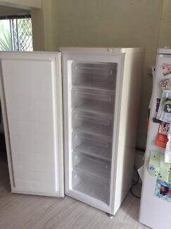Upright freezer Scarness Fraser Coast Preview