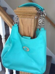 Guess And Danier Purses 2 For $15!!!