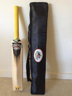 SCREAMING CAT SERIES 1 PROFESSIONAL CRICKET BAT Little Bay Eastern Suburbs Preview